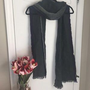 Beautiful unisex wool Banana Republic scarf