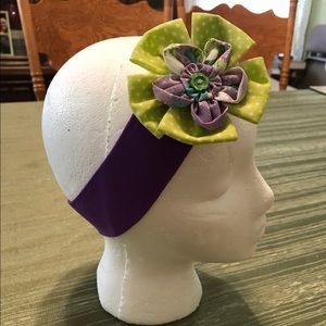 Other - Girls🖐🏼made hairband green/purple double flower