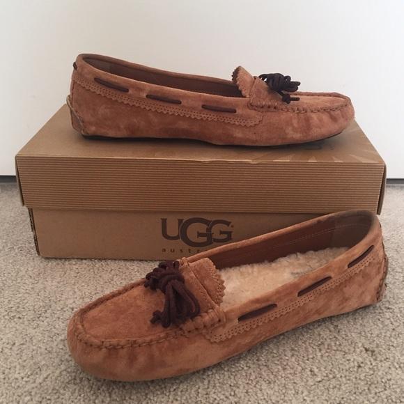 03d3147cdba UGG women's Meena moccasins (chestnut)