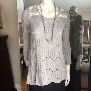 Long cotton sweater with lace