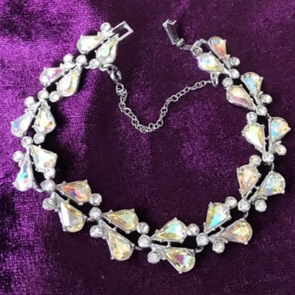 Jewelry - Vintage Rhinestone Bracelet EUC Sparkly Formal