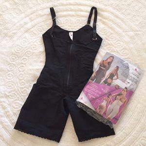 Ann Michell Other - Ann Michell shapewear