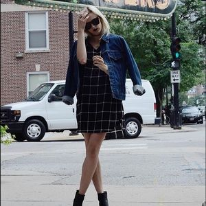 Dresses & Skirts - American Apparel black slouchy grid dress
