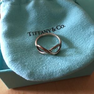 Tiffany & Co Infinity ring