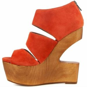 Dolce Vita Shoes - Dolce Vita DV8 Julia Wedge in Coral Suede Size 6