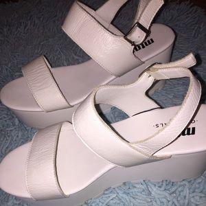 a9381337e9 MTNG Platform 'Amber' Originals NWT Sandal Shoes MTNG rw4OrPxq6