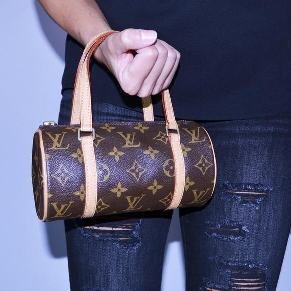 61ec4669d23c8 Louis Vuitton Handbags - 👾Cyber Monday👾Louis Vuitton Mini Papillon