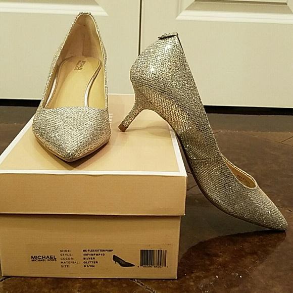 Glam Michael Kors Silver Kitten Heels