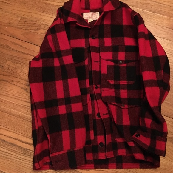 c6fbbcb5a Like new vintage Filson garment genuine coat