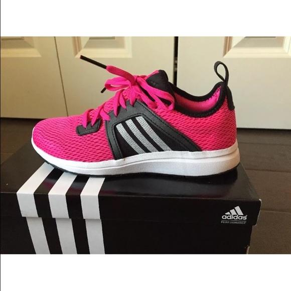Adidas Schuhes     Durama Damenschuhe Tennis Sneakers   Poshmark 0b45d2