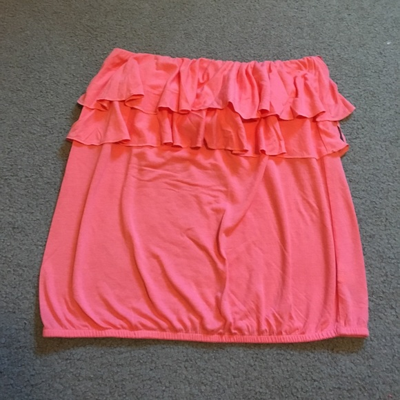 442243aae8 American Eagle Outfitters Tops - American Eagle Pink Ruffle Tube Top