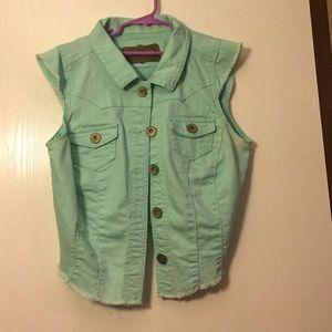 Wallflower bluish mint denim vest