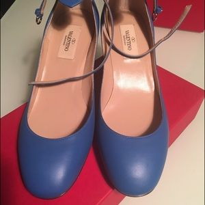 Valentino Garavani Shoes - Valentino Tango blue pump