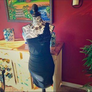 Taboo Dresses & Skirts - 🎀 off the shoulder dress 🎀