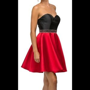Sherri Hill Dresses & Skirts - Gorgeous red and black dress