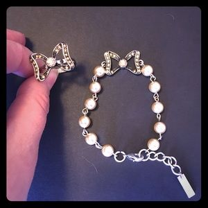 Zales Jewelry - Put a Bow on It Bracelet and Ring Set