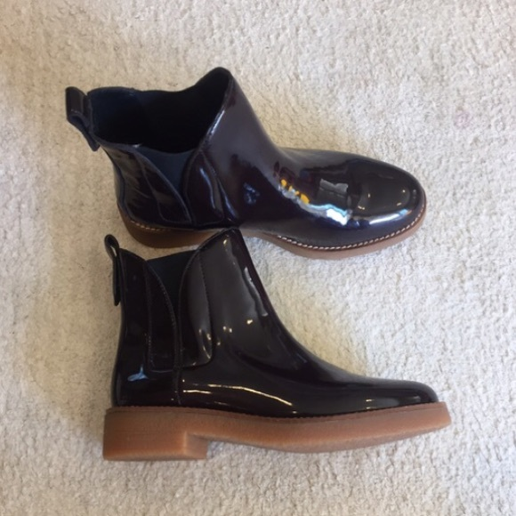 db77fef7395c Zara Burgundy Patent Leather Booties. M 5835cbf42fd0b7a76e027e6a