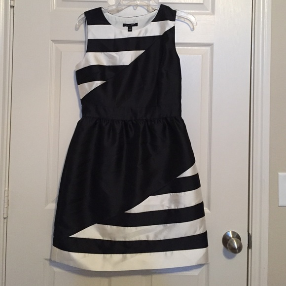 ivy + blue Dresses - Black and White Striped Dress Size 4