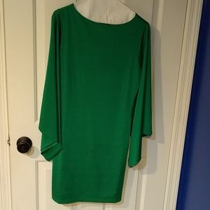 Shoe Dazzle Dresses & Skirts - Shoe Dazzle emerald green long sleeve dress