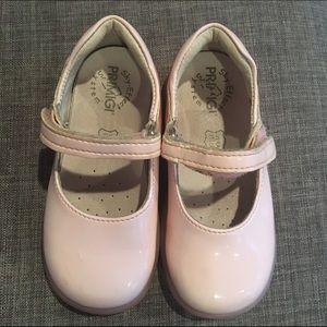 Primigi Other - PRIMIGI Sky Effect Girl's 6/6.5 Pink Patent Shoes