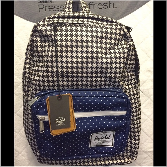 73bdf0ac04 Herschel Pop Quiz backpack- 20L