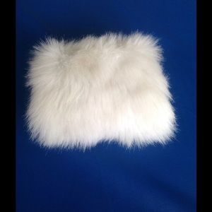 Other - Girl's white hand muff