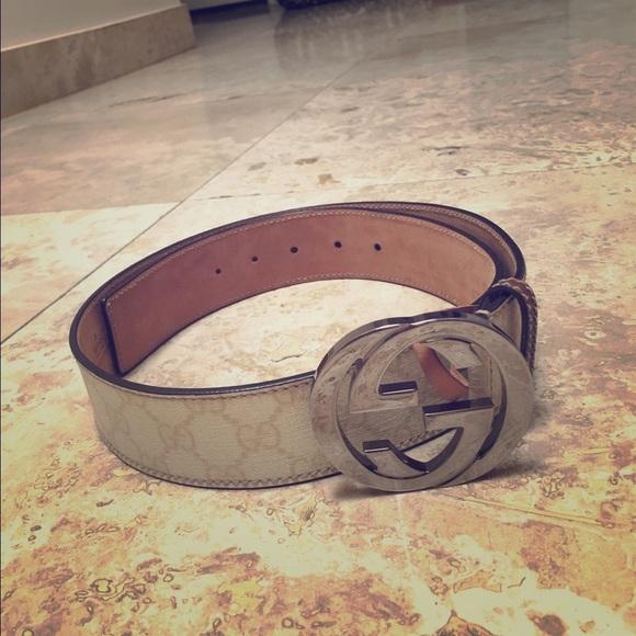 b5e1161e7 Gucci Accessories - Gucci GG Supreme Belt with G Buckle