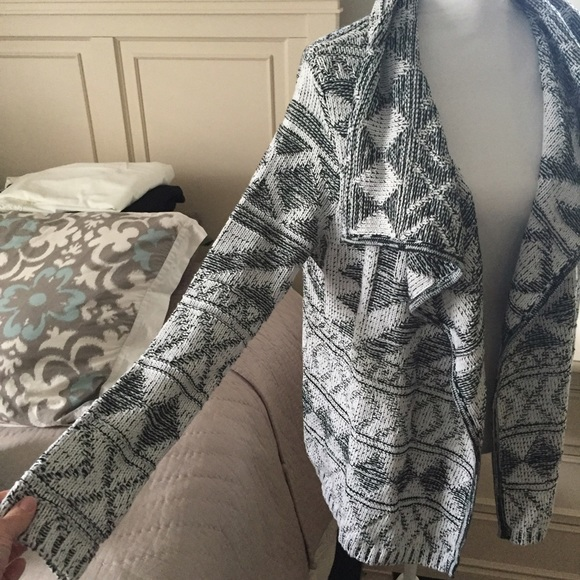 market and spruce Sweaters - Market and spruce cardigan NWT