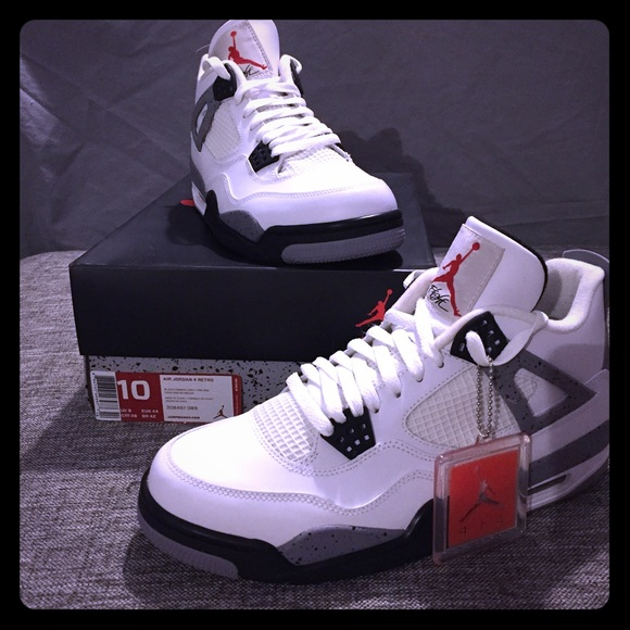 8b4009cd0f04 Jordan Other - Nike Air Jordan IV 4 - White Cement