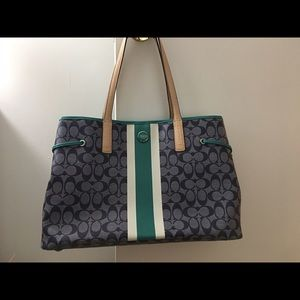 Coach Large Carryall Tote