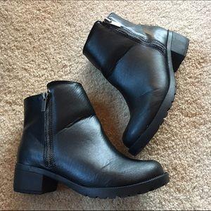 Booties, Ankle Zip-Ups Lana Fly-Do Black