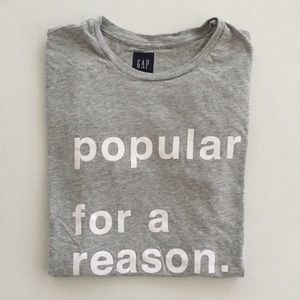 GAP Tops - [GAP] women's grey screen tshirt XS-S