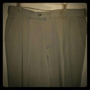 Haggar Other - Haggar light tan dress pants with cuffs size 36x30