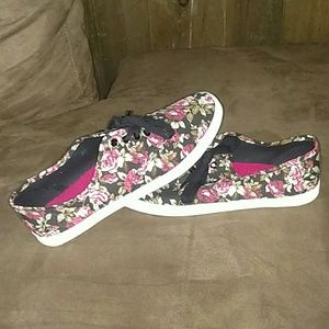 American Eagle by Payless Shoes - Floral Sneakers