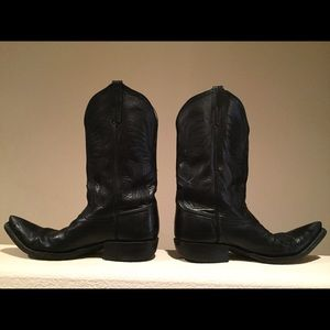 Handmade Point Toe Rios of Mercedes Black Boots