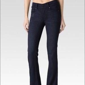 Paige Hidden Hill Jeans. Size 26