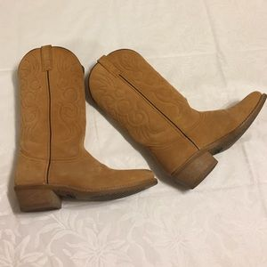 Laredo Other - Laredo buckskin cowboy boots