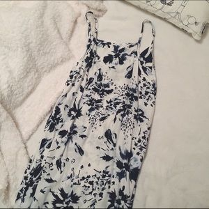 Faithfull the Brand Dresses & Skirts - Faithfull the Brand Floral Dress