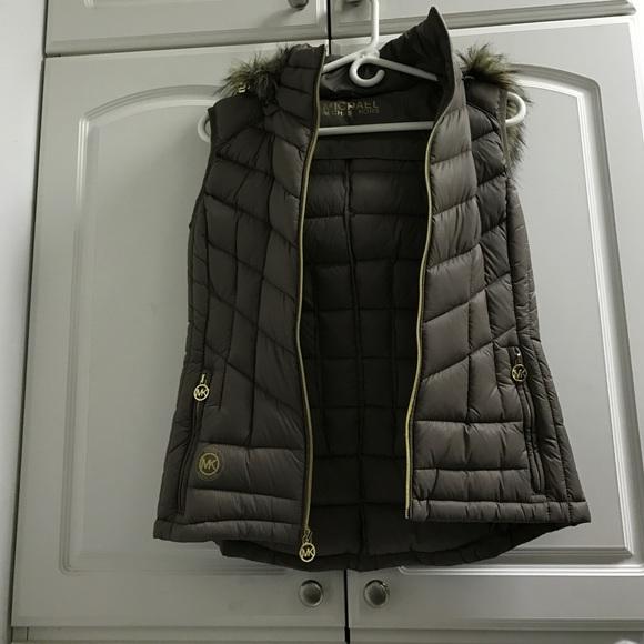 81f1c48b213d Buy michael kors hooded vest   OFF44% Discounted
