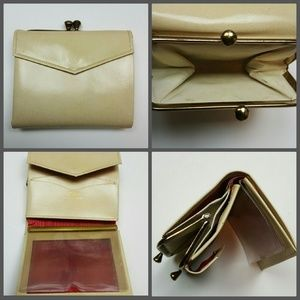 Vintage Handbags - Vintage Coin Purse by Princess Gardner