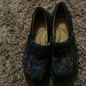 64 Off Nurse Mates Shoes Nurse Mates Pillow Top Nursing