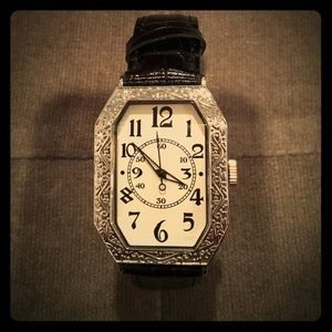 Accessories - Beautiful Brighton-like Watch