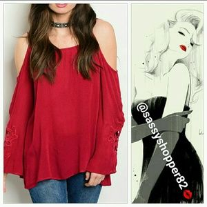 Tops - 💋Last one💋Sexy Gorgeous cold shoulder TOP NWOT
