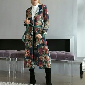 GREEN FLORAL PRINT DUSTER  NWT