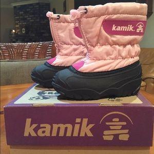 Kamik Other - NWT Kamik Toddler Pink Black Snow Boots Size 7