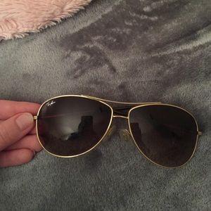 Ray-Ban Accessories - Ray-Ban Aviator Sunglasses