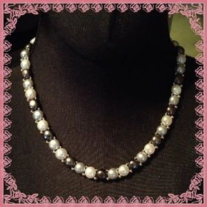 Tri-color Pearl Necklace and Matching Bracelet