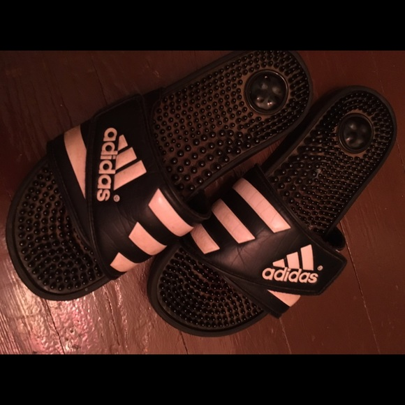 360d26d808608a Adidas Shoes - Adidas slides