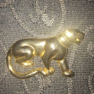 Jewelry - Panther brooch