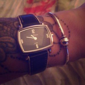 Skagen Jewelry - 🎀Cute watch ⌚️😬